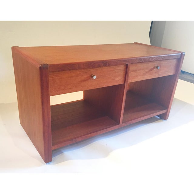 Mid-Century 2 Drawer Cabinet - Image 3 of 5