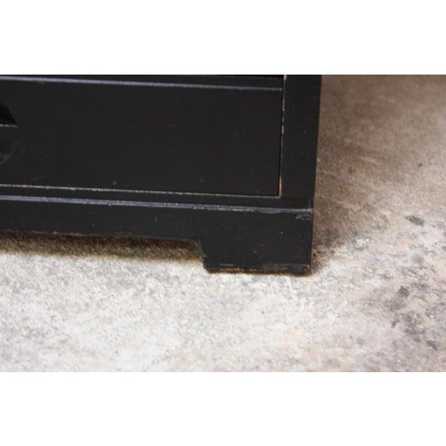 Set of Four Mid-Century American Modern Ebonized Specimen Cabinets - Image 3 of 10