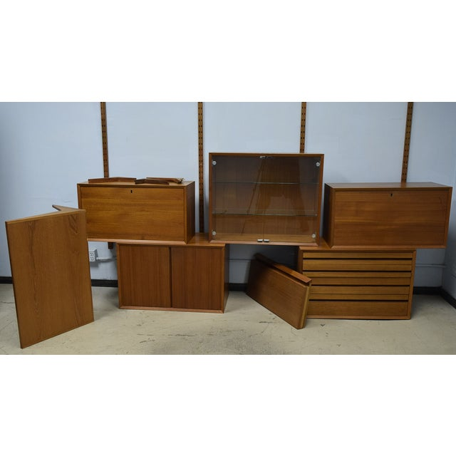 Mid-Century Modern Adjustable Wall Unit - Image 7 of 10