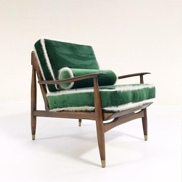 Vintage Walnut Lounge Chair Attributed to Finn Juhl Restored in Schumacher's Emerald Green Silk Velvet and Brazilian Cowhide - Image 10 of 10