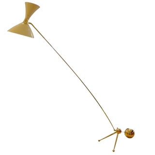 Sculptural Mid-Century Floor Lamp in Brass and White Lacquered Metal, Italy circa 1955