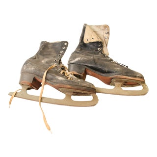 Vintage Weathered Black Leather Ice Skates