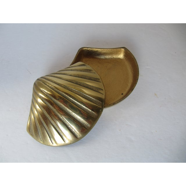Brass Scallop Trinket Box - Image 3 of 3