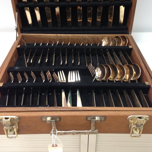 Gold flatware from thailand 10 place settings chairish - Thailand silverware ...
