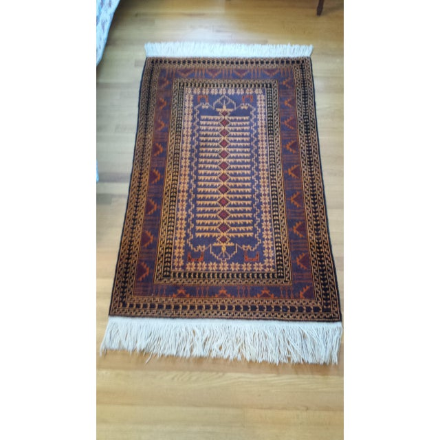 """Persian Shiraz Hand-Knotted Oriental Wool Rug - 4'10"""" X 2'11"""" - Image 2 of 11"""
