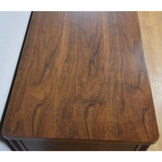 Broyhill Saga Star Studded Dresser - Image 8 of 11