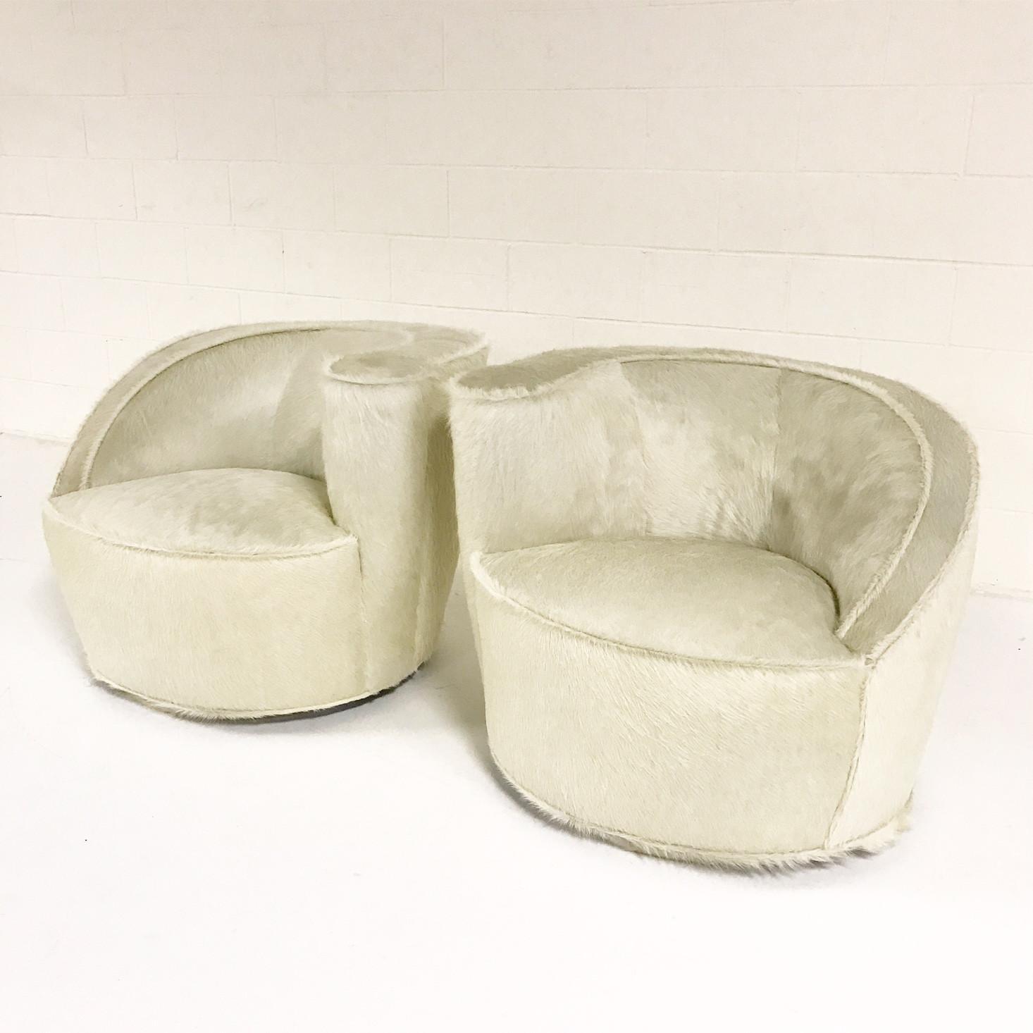 Vladimir Kagan Nautilus Chairs In Ivory Brazilian Cowhide   Pair   Image 3  Of 11