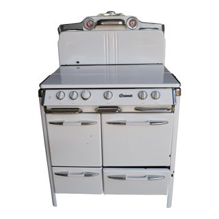 O'Keefe & Merrit Gas Stove