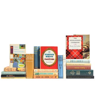 Vintage Cookbooks: Dinner Around The World, S/20
