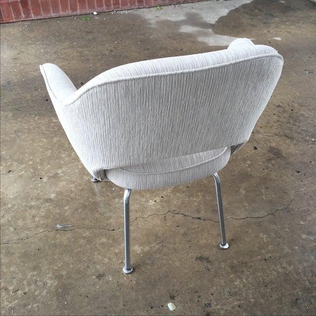 Knoll Eero Saarinen Executive Armchair - Image 4 of 9