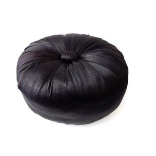 Black Sultan Round Pillow