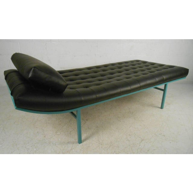 Modern Chaise Longue - Image 2 of 7