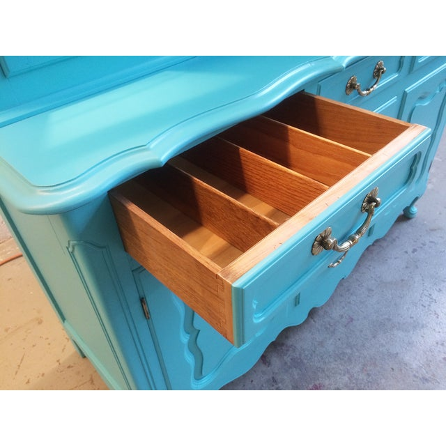 American Turquoise Chippendale Style Oak Hutch - Image 6 of 10