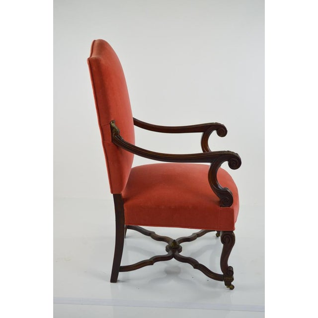 French Louis XIII-Style Velvet Armchair in Salmon - Image 6 of 7