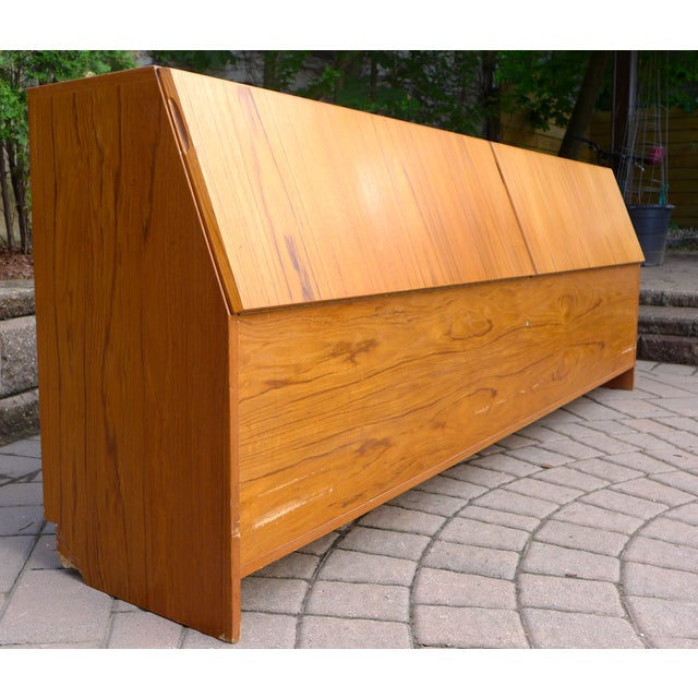 mid century modern teak king headboard chairish. Black Bedroom Furniture Sets. Home Design Ideas