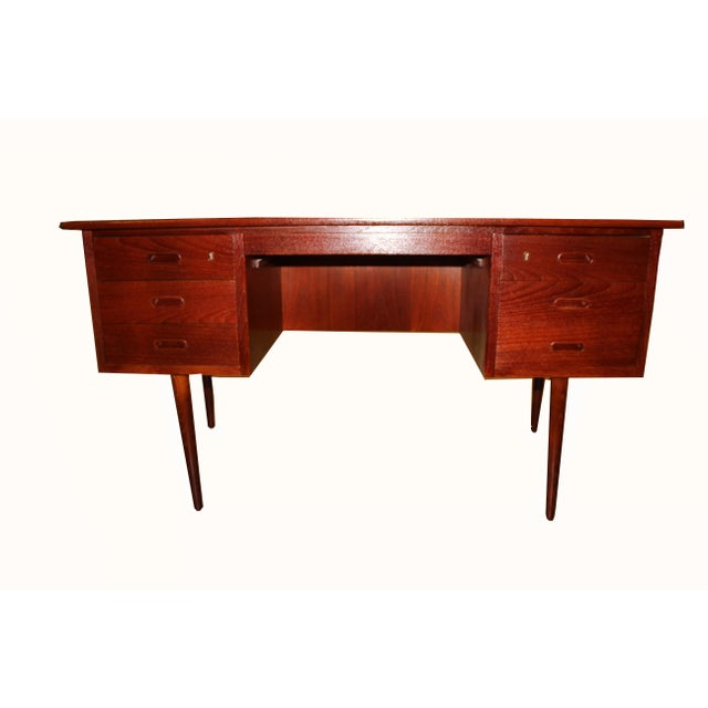 1960s Danish Mid-Century Rosewood Desk with Curved Top - Image 3 of 8