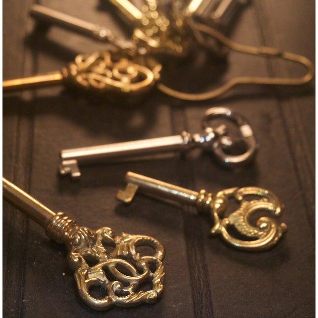 Antique style brass skeleton barrel keys s 10 chairish for Antique looking keys