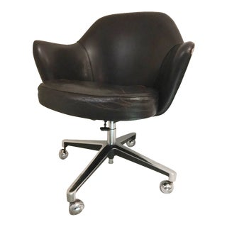 Knoll Saarinen Executive Desk Chair