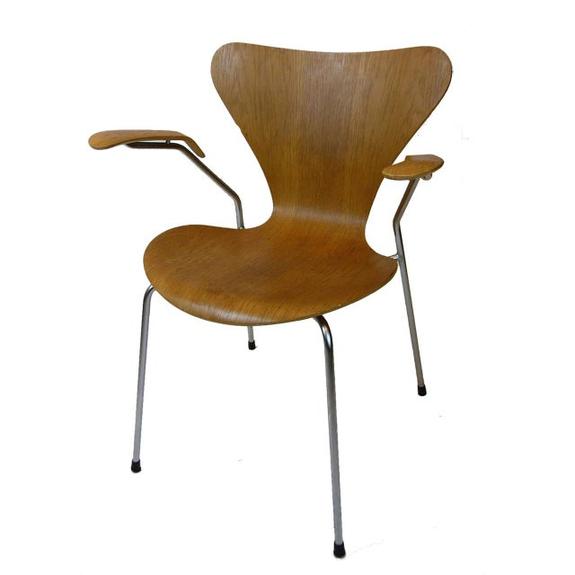 Three Arne Jacobsen Series Seven-Arm Chairs for Fritz Hansen - Image 4 of 6
