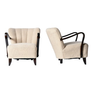 "Pair of Art Deco ""Tulip"" Open Armchairs"