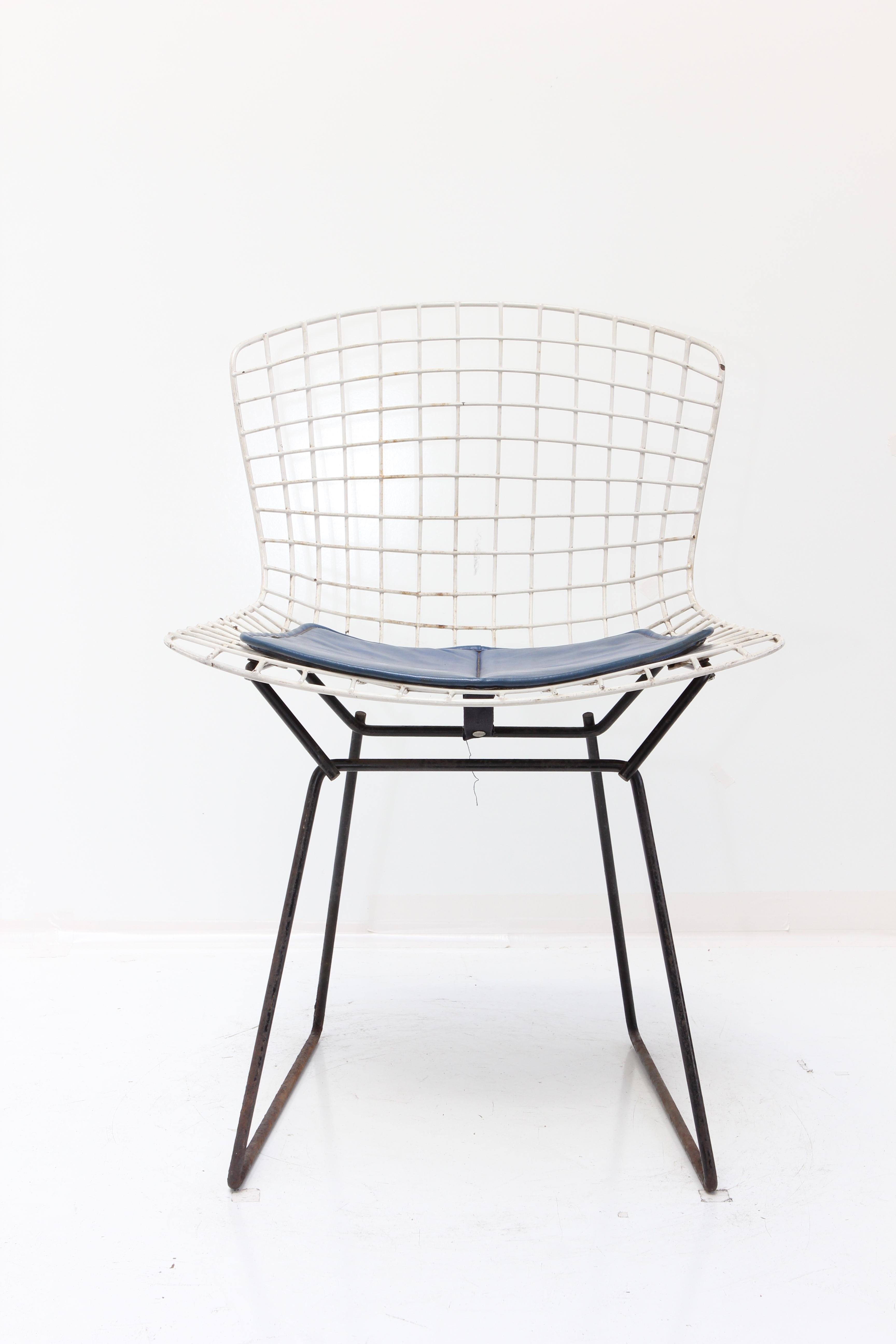 Knoll Bertoia Side Chair With Seat Pad   Image 2 Of 11