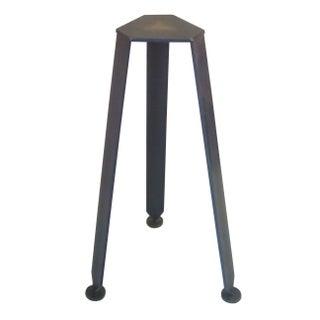 Sputnik Steel Pedestal Stand