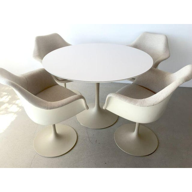 Saarinen Mid-Century Modern Tulip Chairs & Table