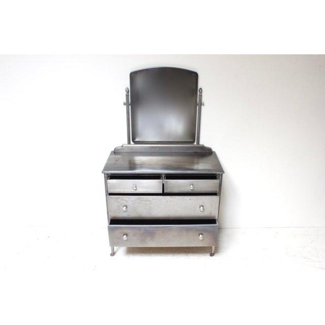 Simmons Sheraton Series Metal Dresser - Image 3 of 5