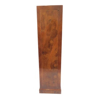 Traditional Burlwood Pedestal