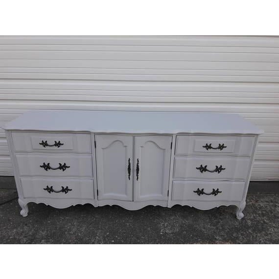 French Provincial Farmhouse Style Gray Lowboy Sideboard - Image 7 of 8