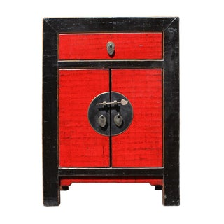 Chinese Distressed Black Red Crackle Pattern End Table Nightstand