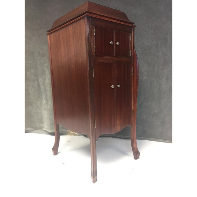 Antique Victrola Wood Record Player Cabinet - Image 2 of 11 - Antique Victrola Wood Record Player Cabinet Chairish