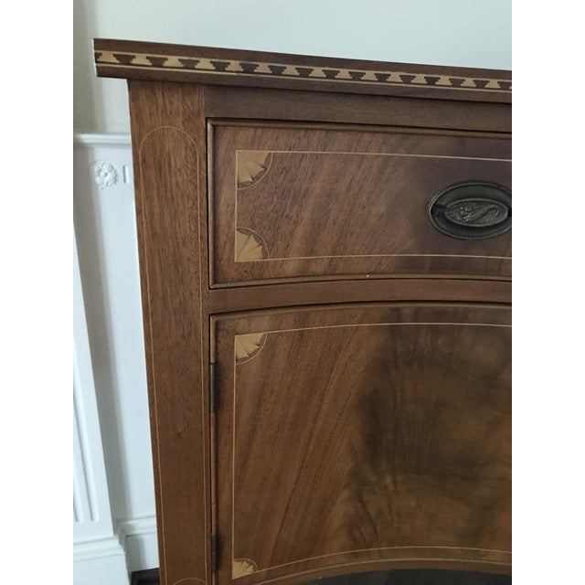 American Classical Vintage China Cabinet / Sideboard - Image 4 of 8