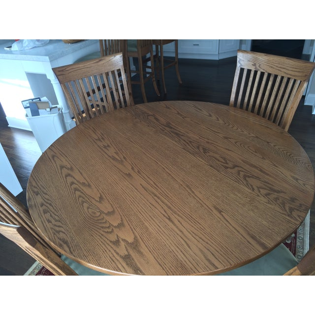 Round Oak Dining Set with 2 Leaves & 6 Chairs - Image 9 of 9