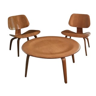 Eames Coffee Table and Chairs - 3