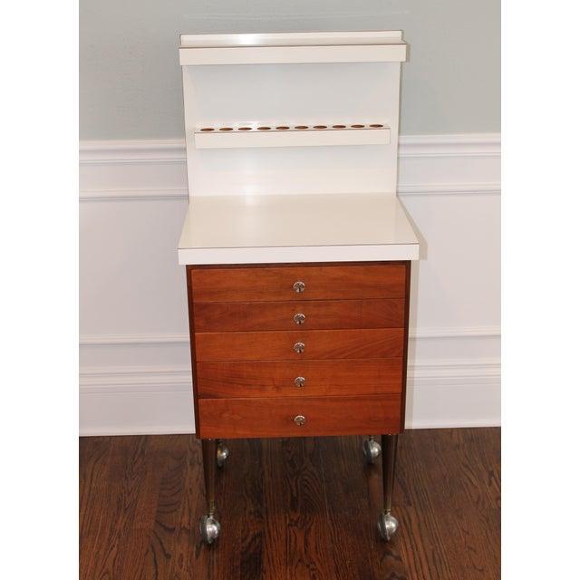 Vintage Rosewood 5-Drawer Cabinet on Casters - Image 4 of 9