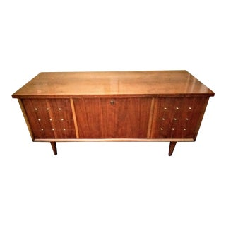 Lane Mid Century Modern Walnut Cedar Chest/Coffee Table