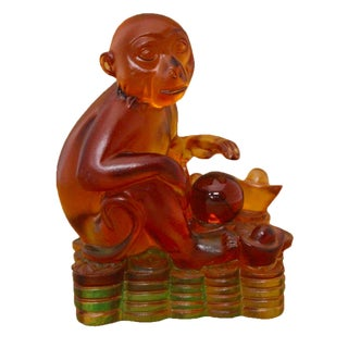 Chinese Liuli Crystal Glass Pate-de-Verr Monkey Sitting On Money Statue