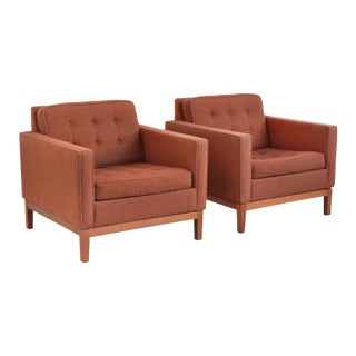 Pair of Steelcase Lounge Chairs in the Manner of Florence Knoll