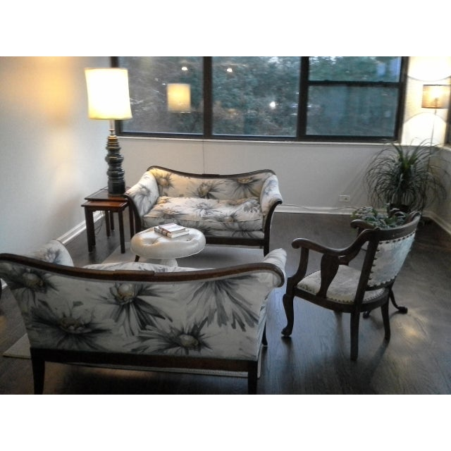 Traditional Settees with Floral Upholstery - A Pair - Image 5 of 10