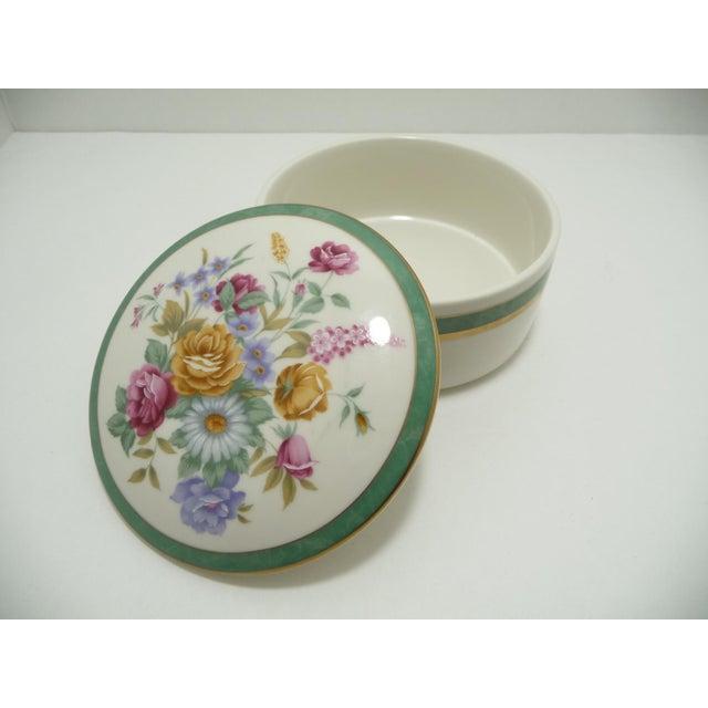 Mikasa Floral Porcelain Round Vanity Box Aqua - Image 4 of 6
