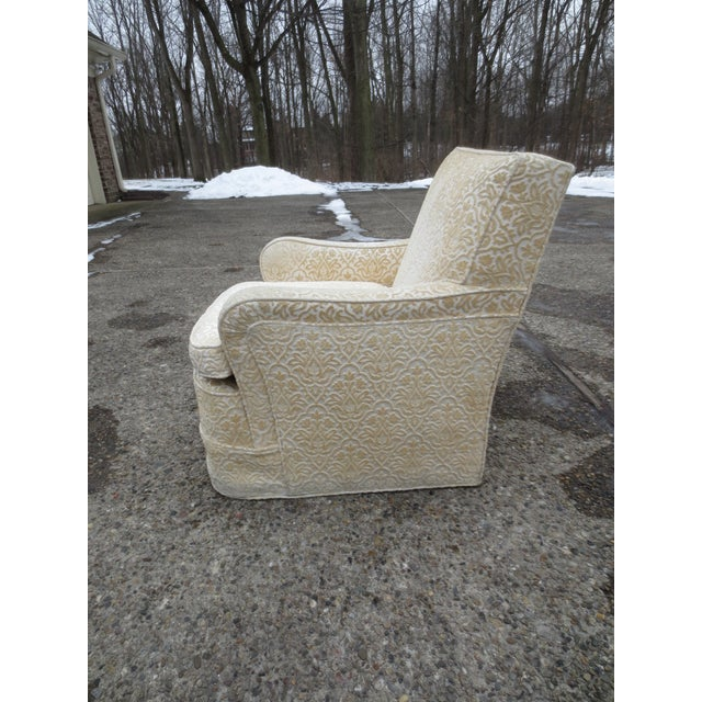 Vintage Cream Club Chairs - A Pair - Image 8 of 9