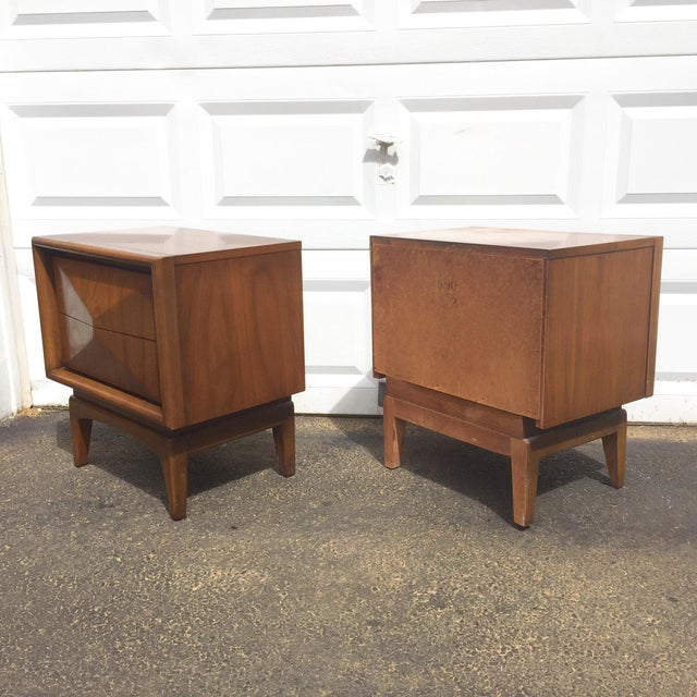 Mid-Century Diamond Front Nightstands - A Pair - Image 5 of 11