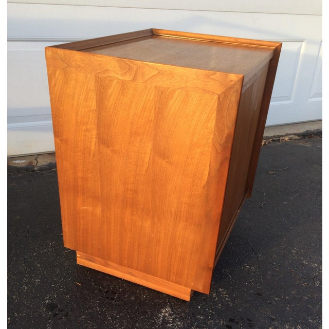 Dillingham Esprit Mid-Century Modern Nightstand - Image 9 of 10