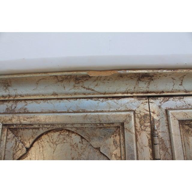 Hollywood Regency Silver Leaf Gabinet & Marble Top - Image 10 of 11