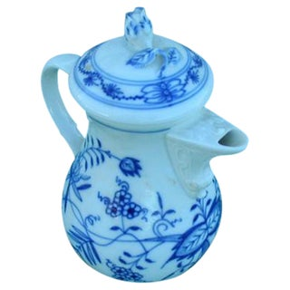 Meissen Delft Blue Onion Coffee Pot