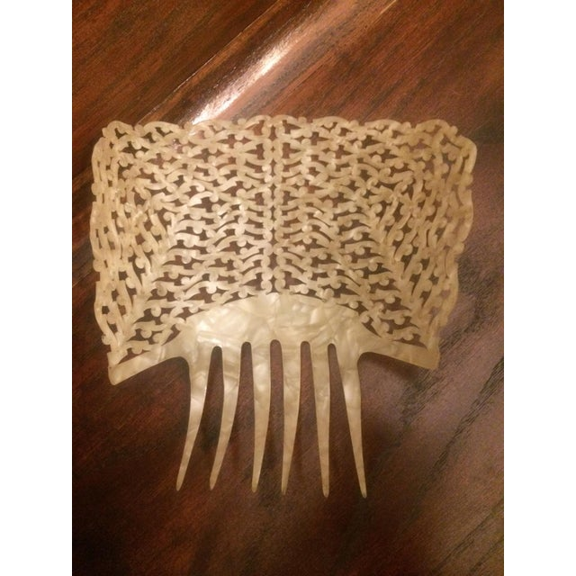 1910s Antique Pierced Hair Comb - Image 4 of 5