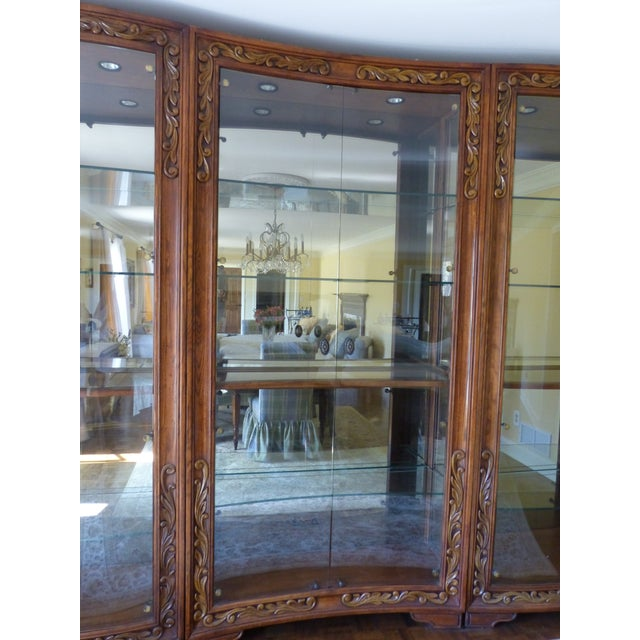 Henredon Alfresco Collection Concave Display Cabinet - Image 9 of 9