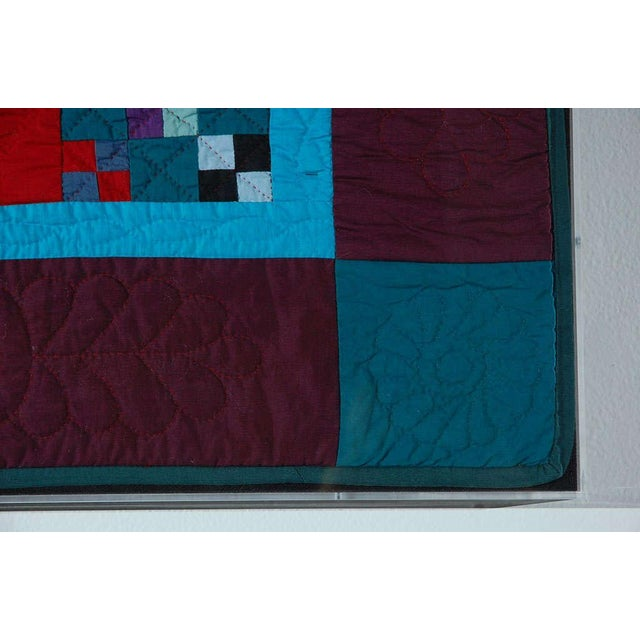 Rare 1940s Lancaster, Pa. Amish Postage Stamp Chain Doll Quilt - Image 4 of 8