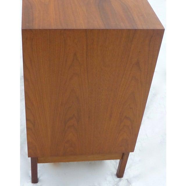 Jens Risom Attri. Mid-Century Four-Drawer Dresser - Image 7 of 10